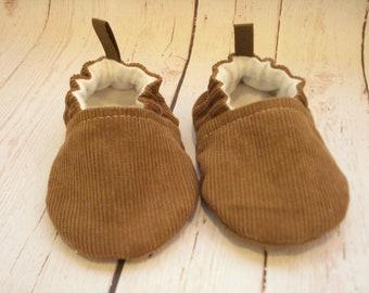 Tan Corduroy Baby Shoes, Baby Booties, Baby Slippers, Soft Sole Booties,, Vegan Footwear, Baby Moccs, Kickproof Booties, Crib Shoes