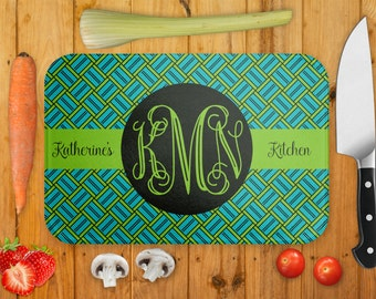 Glass Cutting Board, Pick Your Colors, Personalized Monogram Name, Chopping Board, Housewarming Gift, Wedding Gift, Cheese Board, Trivet