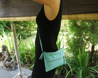 FREE shipping within JAPAN until 25/07/2017! Turquoise colour soft sheep leather + cotton linen lining shoulder/clutch bag