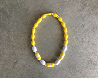 Yellow & White Beaded Necklace | Hidden Clasp