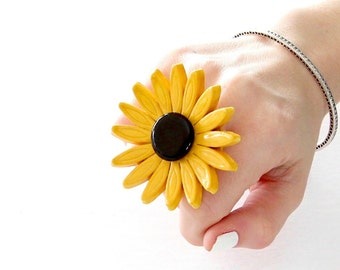 Ceramic ring, Gift for Her, Boho Jewelry, Statement Ring  fashion ring, summer fashion, hippy ring, flower ring, gift for her, handmade ring
