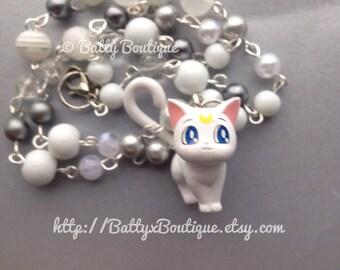 Artemis // Sailor Moon // Beaded Necklace // Moon Cats
