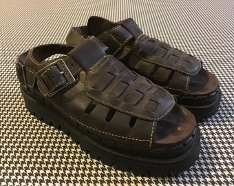 1990's, thick soled, fisherman sandals, in brown leather, by Skechers, Women's size 8