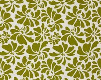 Riley Blake Fabric, Posies in Green by Carina Gardner, Dainty Blossoms Collection, 1 Yard
