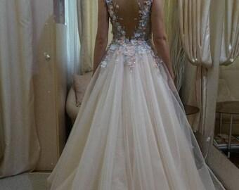Boho wedding dress pink gray ivory hand beaded flowers romantic backless low cut neckline wedding dress
