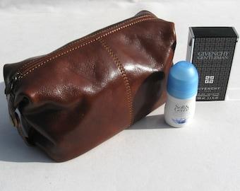 Enzo Olletti Italian leather single zipped washbag