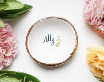 Personalized gift / Valentines Day Gift / Personalized Jewelry Dish / Ring Dish / Bridesmaids Gift / Wedding Gift / Engagement Gift /