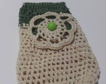 Cell phone holder in crochet cotton