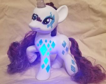 Rarity - My Little Pony - Unicorn - MLP - Light Up Pony