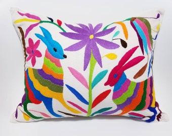 Pillow Otomi