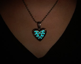 Necklace GLOW in the DARK | Glowing Necklace | Glowing Jewelry