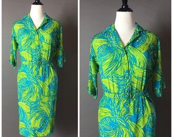 Vintage 70s dress / 1970s dress / VOLUP dress / plus size dress / floral dress / tropical dress / hawaiian dress / tiki dress / 8387