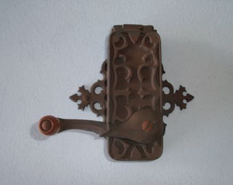 Dazey Americana Can Opener Cast Iron Wall Mounted Vintage Antique Universal