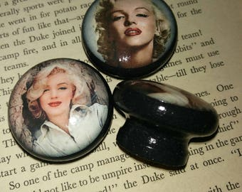 Marilyn Monroe decoupage knobs *STOCK CLEARANCE* Set of 6 in Black 43mm