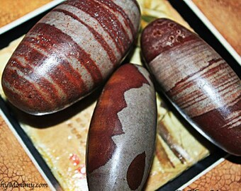 "Large 2"" SHIVA LINGAM Stone - Crystals - Meditation, Crystal Grids, Magick"