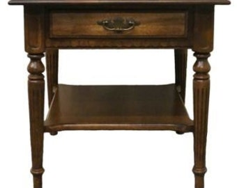 ETHAN ALLEN Classic Manor End / Lamp Table 15-8424