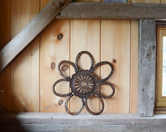 Rustic Metal Welded Horse Shoe and Seed Plate Flower Wall Decoration