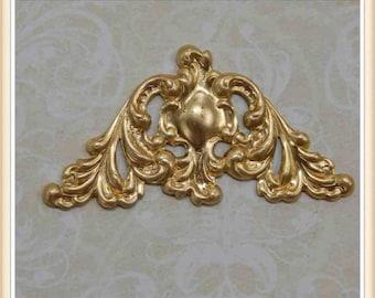 4 pcs raw brass corner, stampings, findings, embellishments #2737