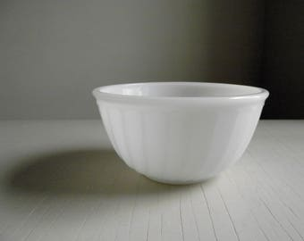 Fire King Swirl Mixing Bowl , Milk Glass Bowl , 6 Inch Nesting Bowl , Fire King Oven Ware Bowl , White Vintage Kitchen Decor