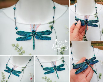 Dragonfly Necklace Green/Blue 11x6, 5 cm