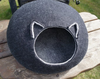 Black cat cave Cat bed Cat felted cave Felt cat bed Cat felted bed Cat furniture Cat cocoon Cat house Pet supplies Katzenmöbel