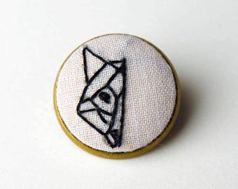 Fox Is Peeking Hand Embroidered Brooch Pin