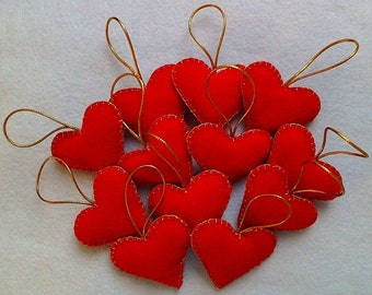 Vaalentine's handmade felt hearts set of 12
