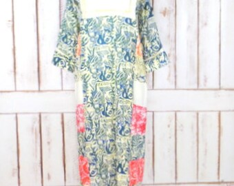 Vintage green/ivory batik tribal print maxi dress/long sleeve patchwork caftan tent dress/Indian print boho/hippie dress