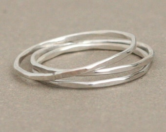 stacking rings. sterling silver. super skinny set of THREE. slim plain band stackable ring. hammered and shiny. stack ring set.