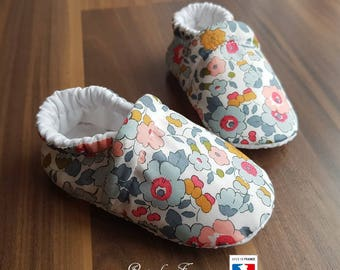Porcelain grippers liberty baby booties