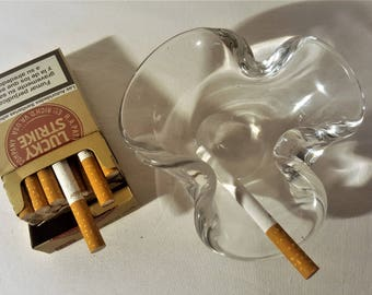 Vintage Cigarettes Cendrier en Verre