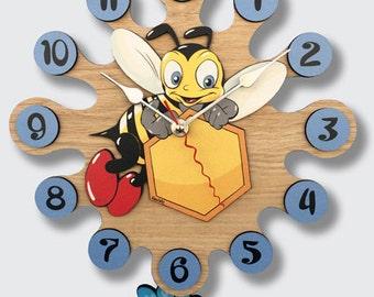 Pendulum Wall Clock Bee