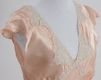 1930's Vintage Bias Cut Satin Nightgown, Satin Nightgown, Nightgown 1930s Nightgown, Vintage Nightgown, Lingerie, Vintage Lingerie, 1930s