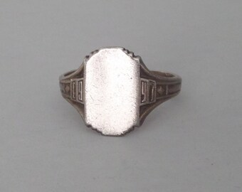Vintage Sterling Signet Ring. Date Ring. 1940s Class Ring. Size 7.25