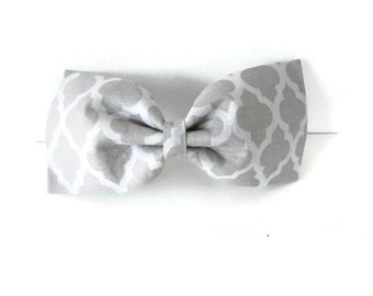 Grey gray quatrefoil dog bow tie, 2 tone grey quatrefoil bowtie, gray pet flower or bow, grey quatrefoil collar flower, cat bowtie