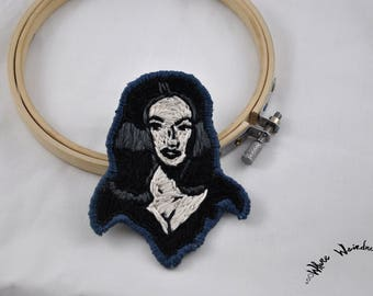 Hand Embroidered Vampira Patch |  Maila Nurmi Embroidery Portrait Patch | Iron On Patch