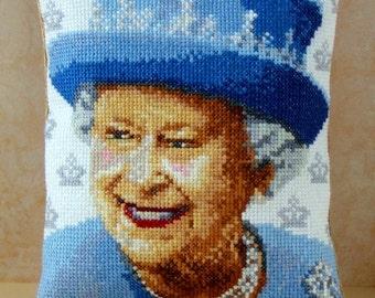 Queen Elizabeth II Mini Cushion Cross Stitch Kit