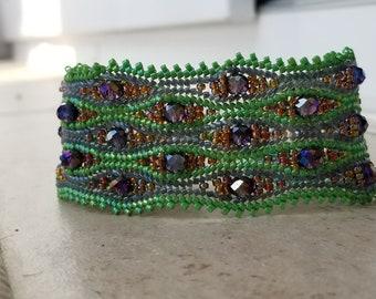 Herringbone stitch bracelet/cuff, Miyuki Delica Bracelet, Green Bracelet, Mother's Day Gift