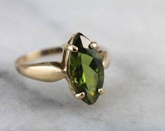 Olivine Green Peridot and Vintage Gold Cat's Eye Ring 1QH8VK-N