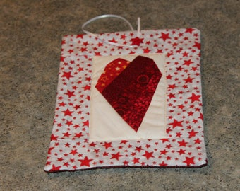 Red Stars Crazy Heart Pieced 7  X 9 1/2 Handmade Quilted Wall Hanging