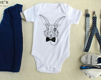 Bunny Bodysuit, Bunny Rabbit Shirt, Baby Bodysuit, Newborn Outfit, Baby Shower Gift, Bunny T-Shirt,  New Baby Gift