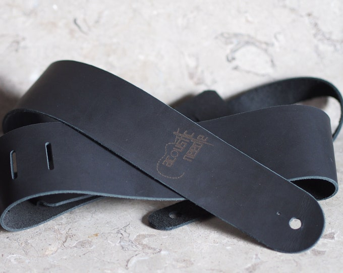 Simply Black Leather Guitar Strap