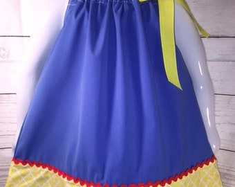 Snow white  Dress, Snow white Pillowcase dress, snow white birthday dress, Snow white costume, Snow white party, Red, blue and yellow dress