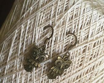 Woodland owl earrings in antique bronze