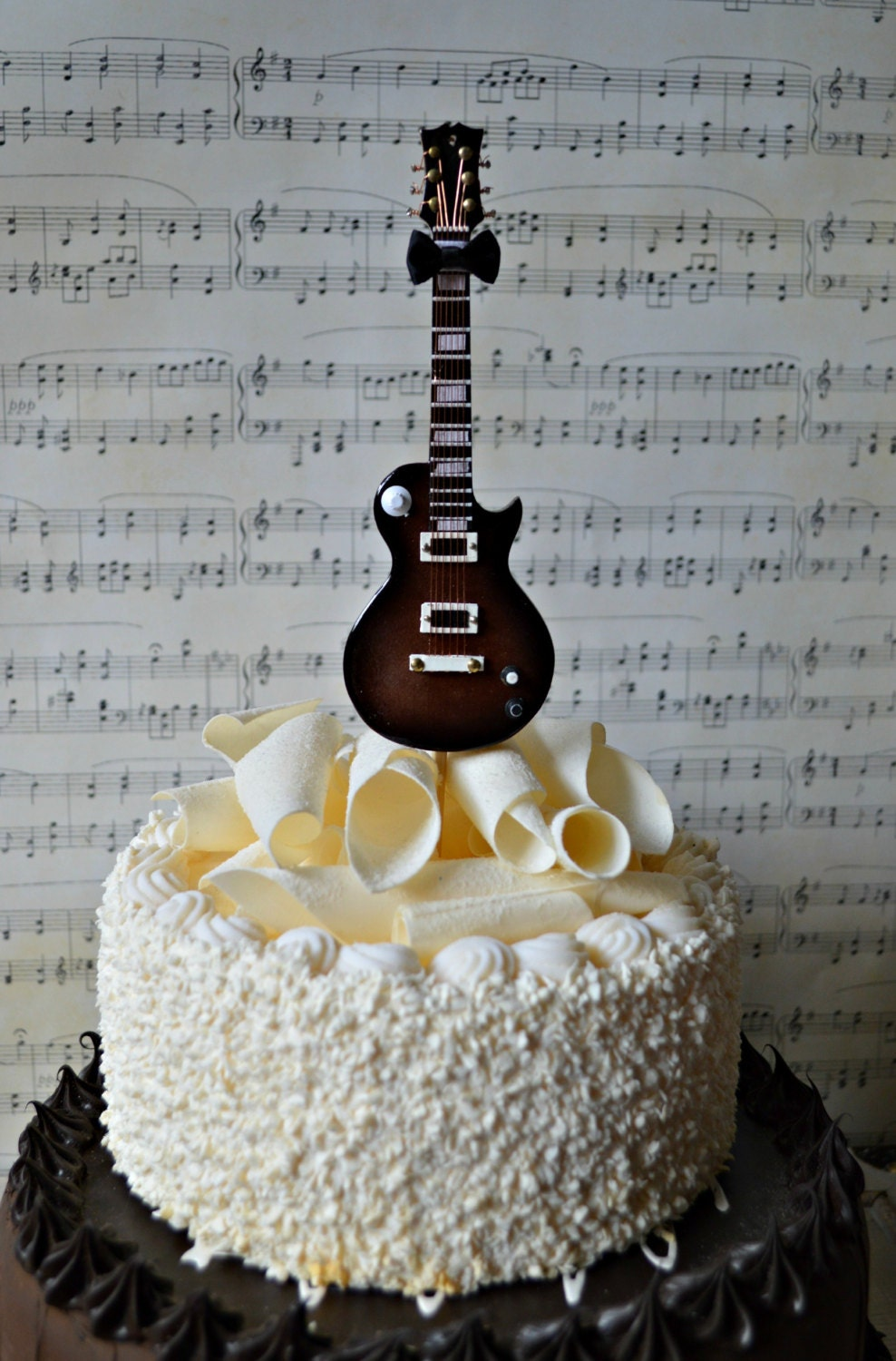 Images Of Cakes With Guitars