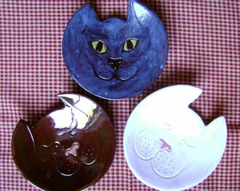 Kitty Ceramic Dish, bowl, catchall, jewelry, ring holder, animal decor, soap dish, candle holder, teabag holder, spoon rest.