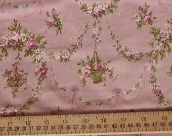 Yuwa Rose Garland Cotton Fabric 812965D Pink