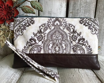Clothing Gift, Wristlet Wallet for Iphone 7 Plus, Vegan Leather Wristlet, Iphone 6 Wallet Case, Otterbox Wristlet, Boho Wristlet Purse
