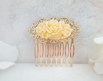 Yellow Floral Hair Comb - Garden Hair Comb - Rose Hair Comb - Ivory Bridal Comb - Floral Hairpiece - Cream Hair Accessory Vintage Comb H2060