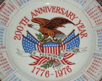 Vintage 70s Colonial American Calendar Plate